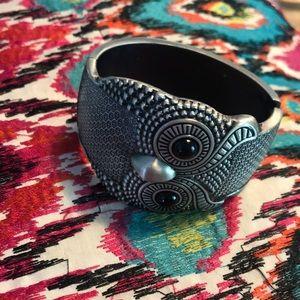 Jewelry - Owl clamp bracelet 🦉